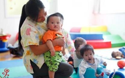 Esposos católicos salvan de la muerte a 1400 huérfanos en China
